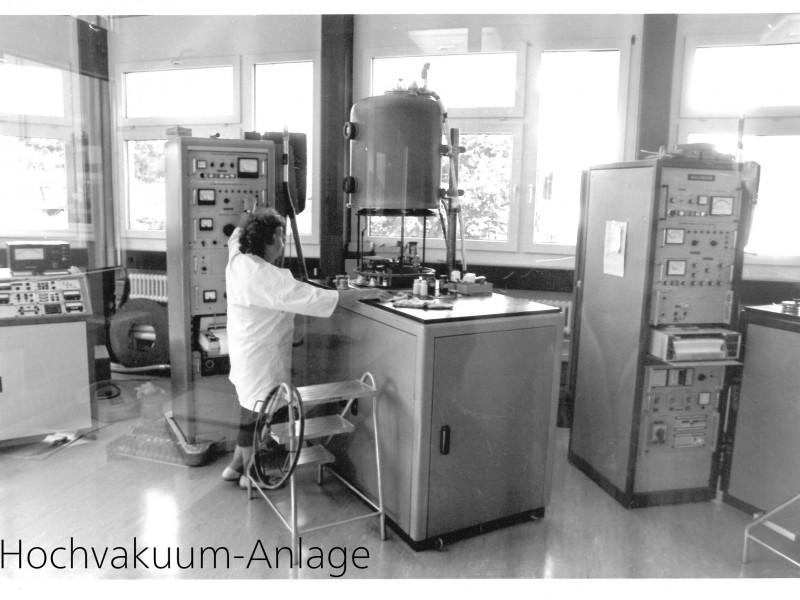 Hochvakuum-Anlage
